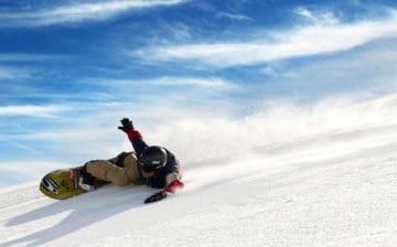 Jeremy Jones carving on snowboard